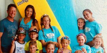 SCHOOL OF SURF KIDS CAMP